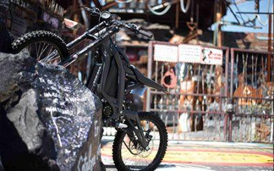 Elektromos motorkerékpárral Budapesten